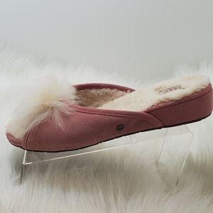 Ugg Sheepskin pom pom slipper Size 9